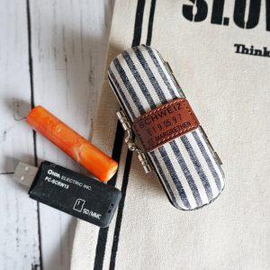 stamp18002-1